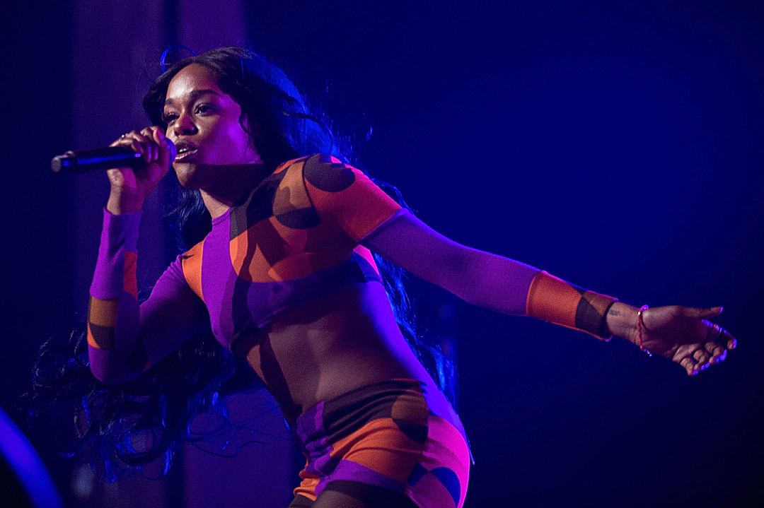 Azealia Banks Blasts Nicki Minaj Over Her Comments About Miley Cyrus