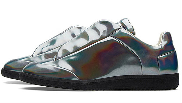Maison martin margiela 22 future low hologram xxl - Videos xxl a la maison ...