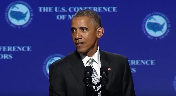 "President Obama Sings Drake's ""One Dance"" - XXL"