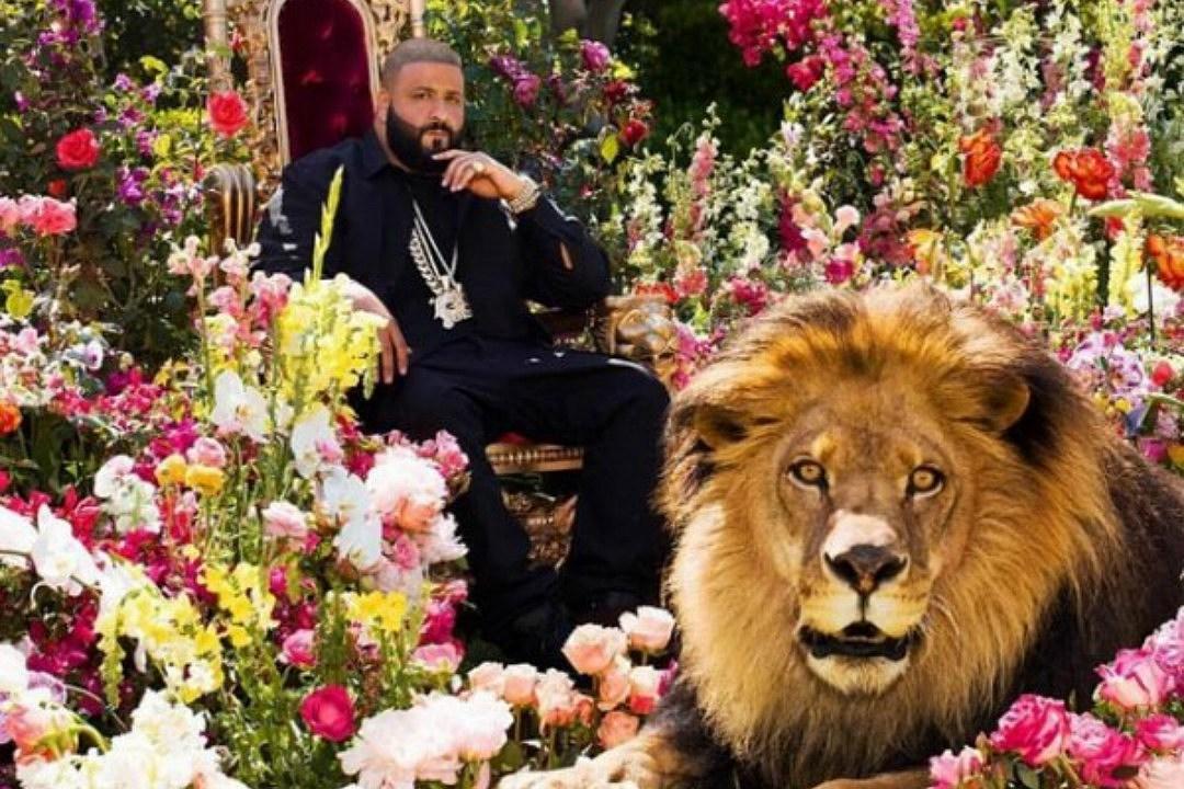 Lyric out here grindin lyrics : Stream DJ Khaled's 'Major Key' Album Featuring Nas, Lil Wayne ...