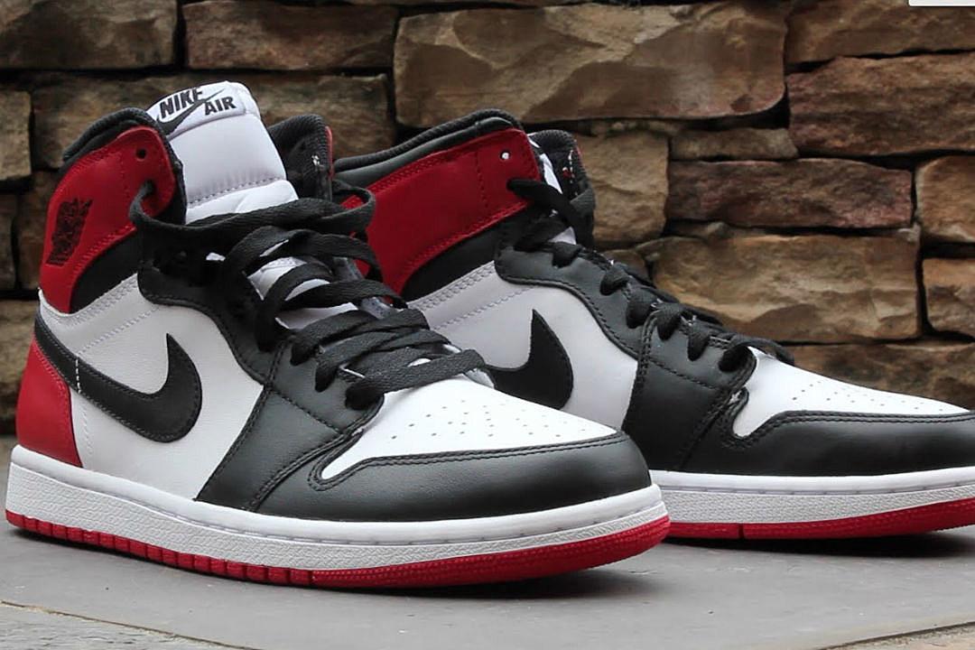 air jordan 1 black toes