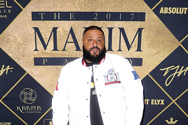 Maxim Super Bowl Party - Red Carpet