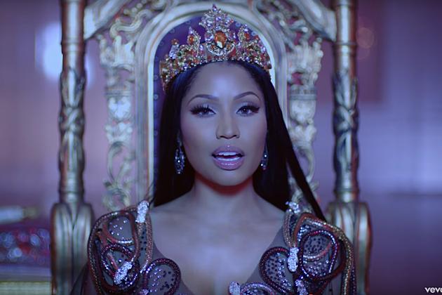 Phenomenal Nicki Minaj Gets Lil Wayne And Drake For No Frauds Video Xxl Hairstyles For Men Maxibearus