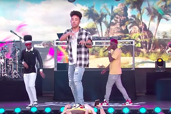 watch kyle perform ispy with lil yachty on jimmy kimmel live xxl