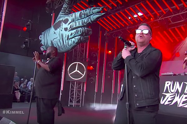 run the jewels dedicate performance on jimmy kimmel live to linkin parks chester bennington xxl
