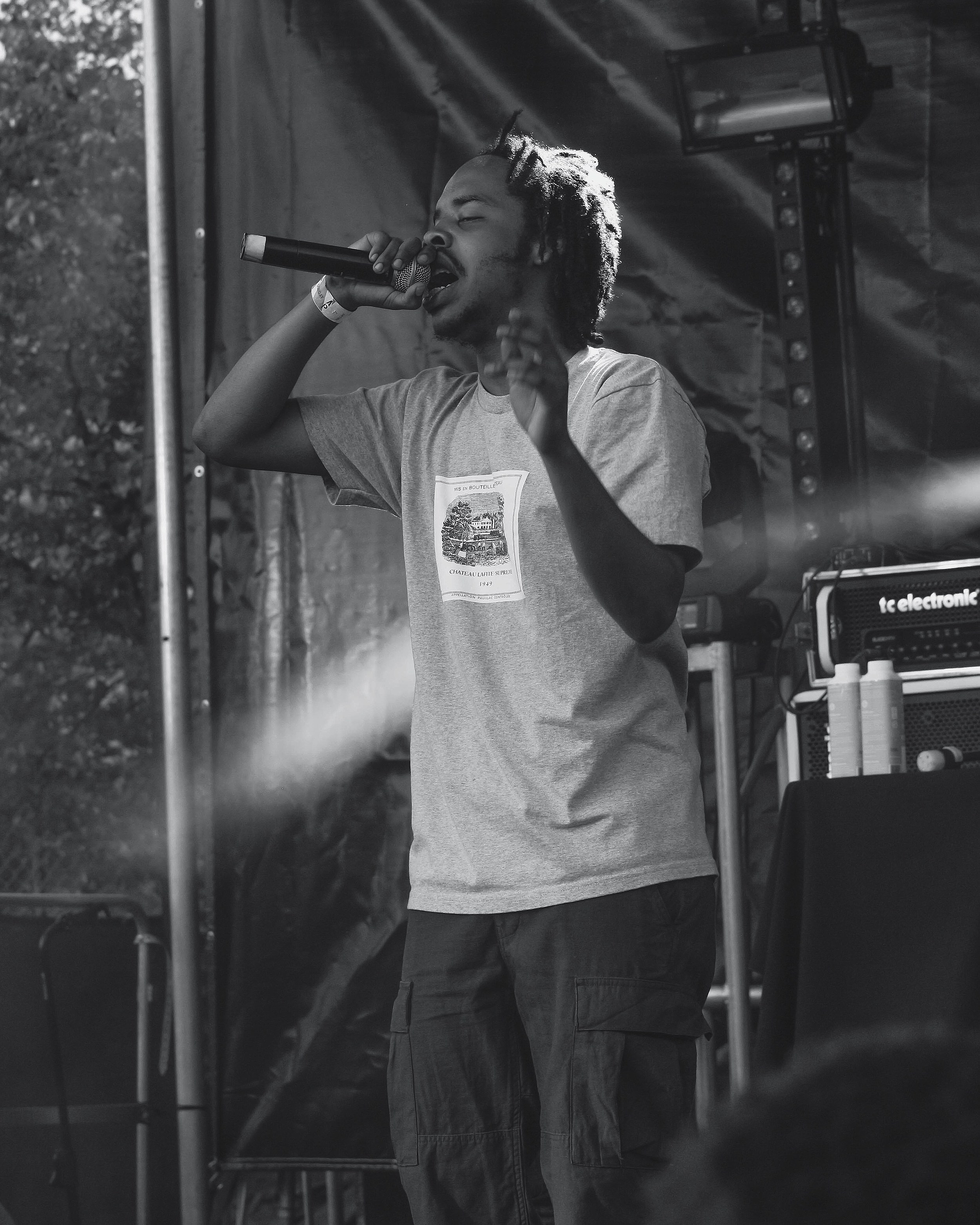 Earl Sweatshirt Debuts New Music at 2017 Day N Night Festival -