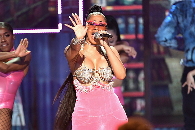Cardi B Wins Best New Hip-Hop Artist and More at the 2017 BET Hip-Hop Awards