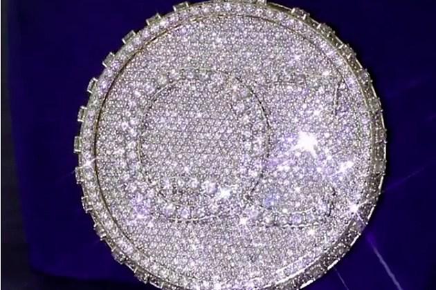 Shimmering Diamonds Jewelry