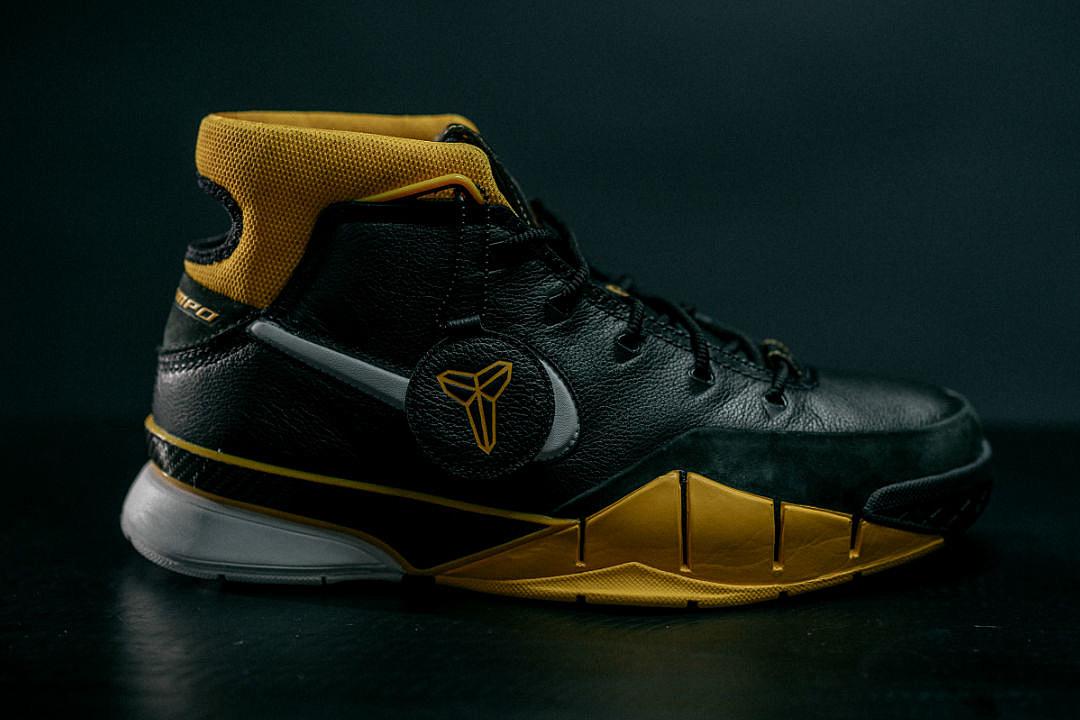 Re Lanzamiento De Nike Zoom Xxl Kobe Kobe Bryant Protro Xxl Zoom 1 7fded7