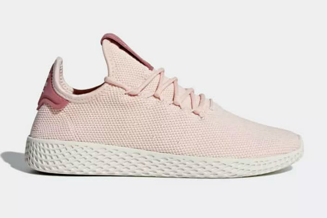 pharrell e adidas rilascia nuove tennis hu colorways
