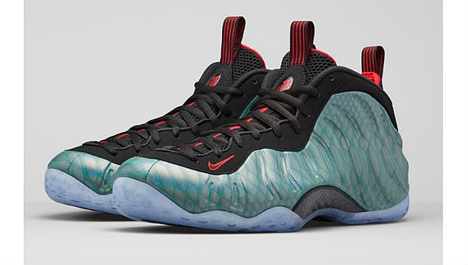 Nike air foamposite one gone fishing xxl for Fish nike shoes